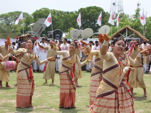 Mukuli bihu dance performance at Guwahati Assam